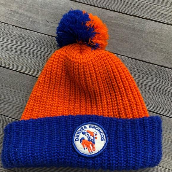 c5582ba7852 Vintage Denver Broncos winter pompom hat